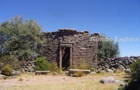 Burial Tower , Taquile Island - Peru
