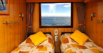 Catamaran Cruise Ships twin confortable cabin